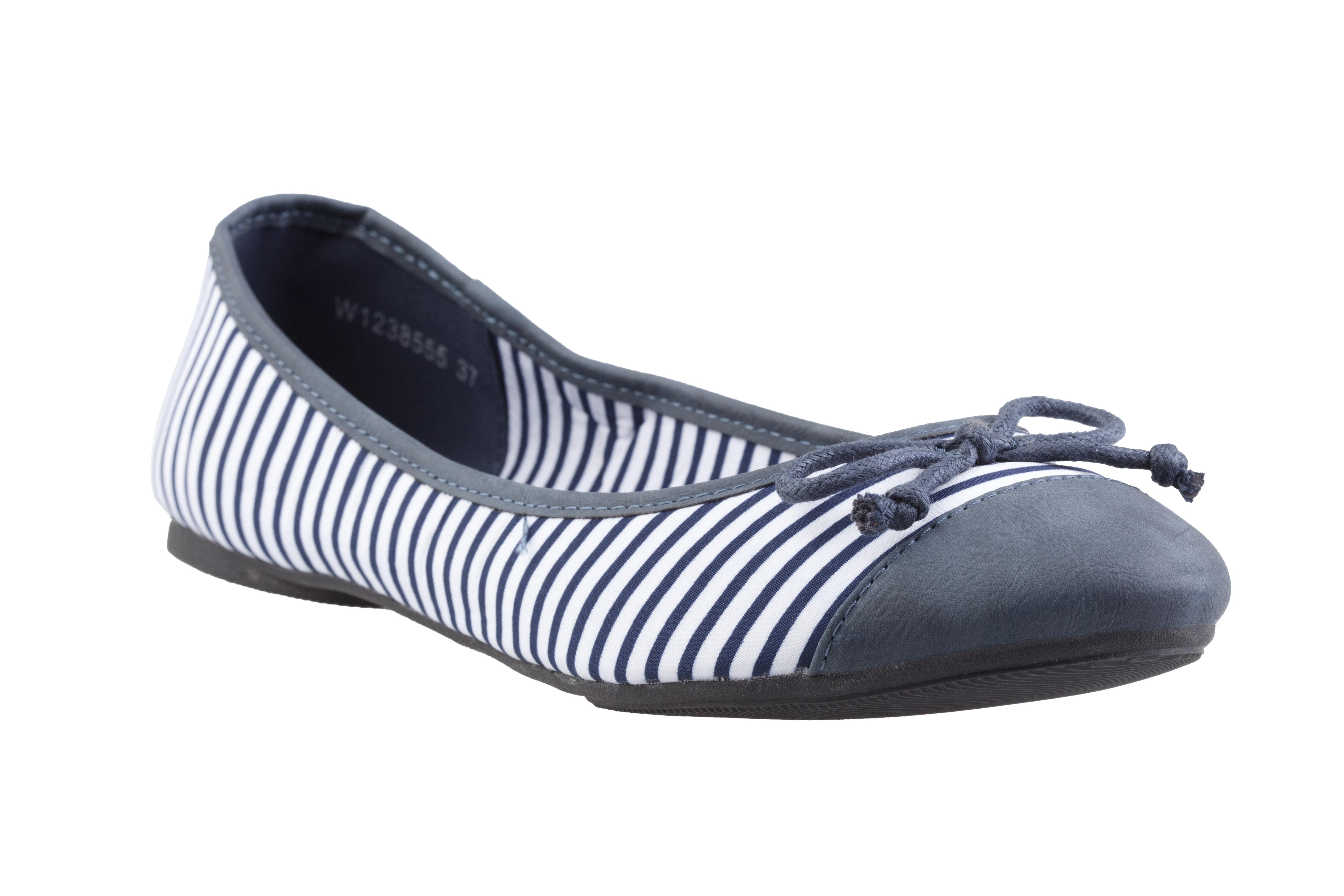 Jaké boty by vám v letní sezoně neměly chybět  - PressCentrum ASPEN ... cc8c084e02